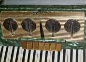 Vendo acordeon scandalli 80 baixos