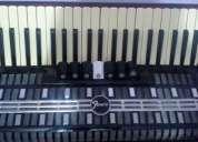 Vendo acordeon veneza fenix 120 baixos com case