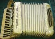 Vendo acordeon scandalli 120 ab 8x4 branco lmmh 4/5 excelente