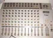 Vendo mesa de som staner 12 canais ws-12-02