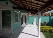 Oportunidade! maravilhosa casa c/ 3 qts, suíte e closet
