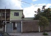 Casa duplex com 4 quartos