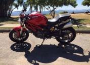 Ducati monster 796 2014 com apenas 2.000km. contactarse.