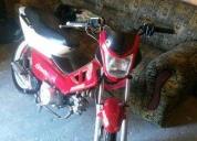 Vendo uma moto jonny  - 2011. bom estado.