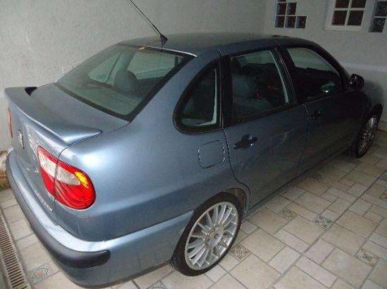 Excelente seat cordoba 2000 - vw polo sedan  - 2000