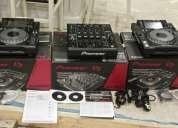 Pioneer cdj 2000 nexus costó sólo $750usd y  pioneer djm 2000 nexus costó sólo $800usd