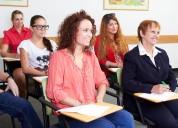 Curso de inglês com muita prática.