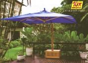 Frescor com ombrelones e proteção de raios solares