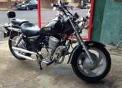 Vendo excelente moto fym 2 cano 2007