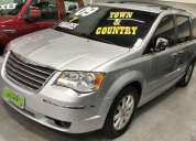 Chrysler town country 3 8 limited v6 12v 2009