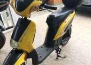 Excelente moto scooter ela trica 50 cc