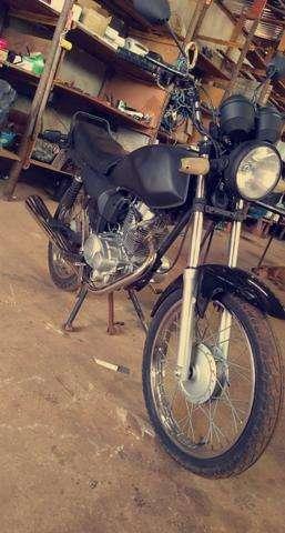 Moto Hunter 125 em dias
