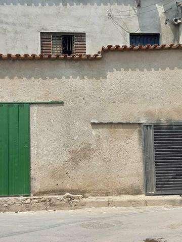 Vende se este imA vel no bairro morro alto contem 2 quartos