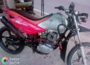 Vendo essa moto stx motard 125, contactarse.